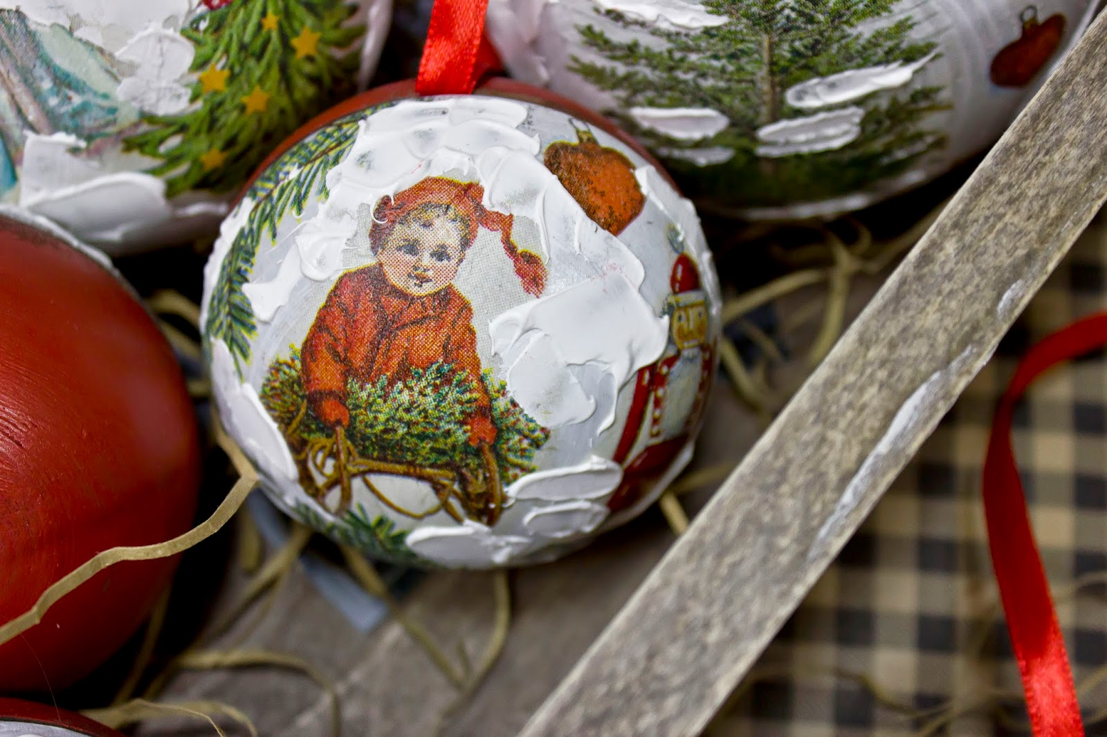 надела босоножки декупаж новогодних шаров мастер класс фото здесь только домашних