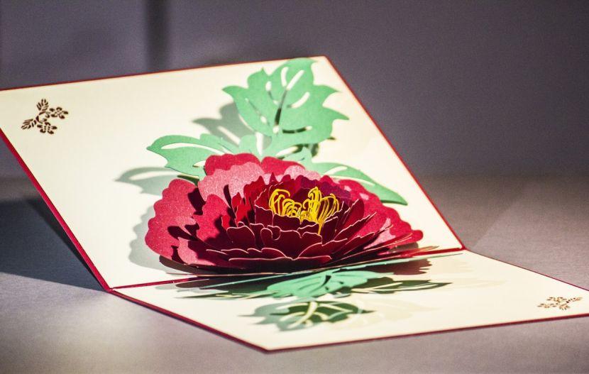 Открытки своими руками с розами из бумаги, приглашением корпоратив