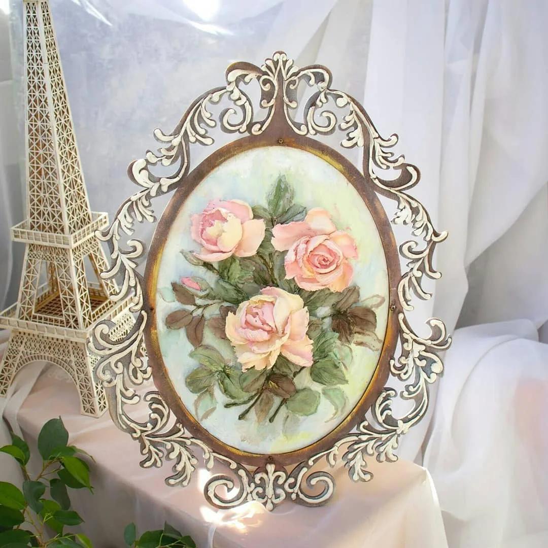 Как сделать рамку с цветочным декором с помощью объемного декупажа своими руками