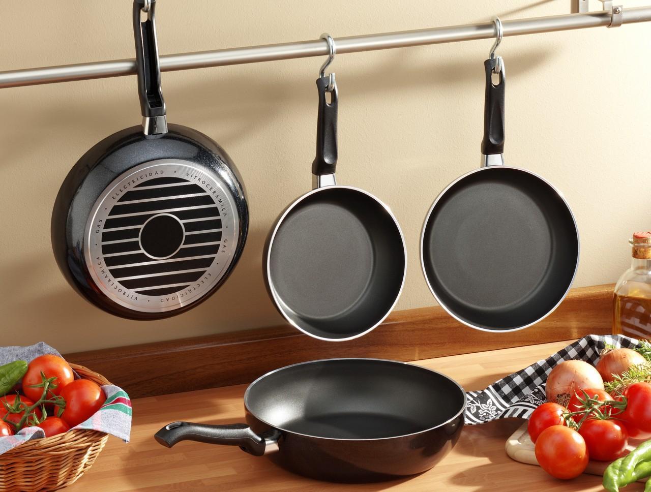 Керамика, тефлон или мрамор: сравнение популярных сковородок и их покрытий. В чем разница?