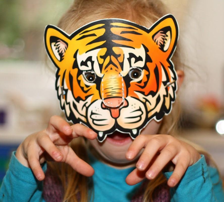 Маски Тигра на Новый 2022 год для детей. Как можно сделать и из подручных материалов быстро и легко, из бумаги и картона
