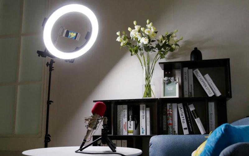 Кольцевой свет для фотосъемки: особенности выбора